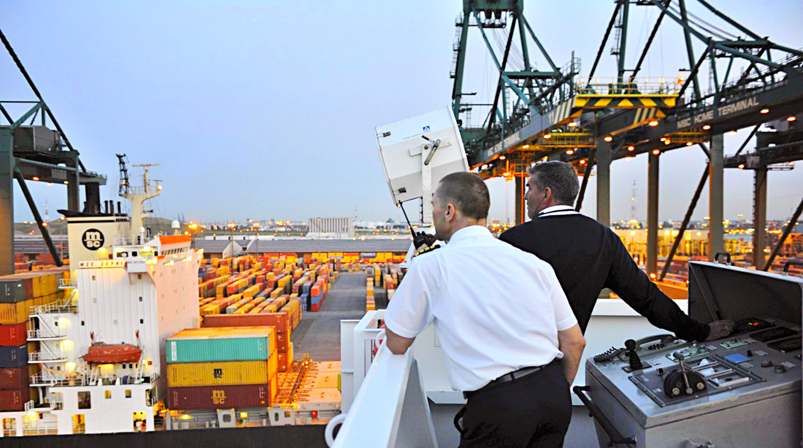 World premiere in port of Antwerp: digital platform for pilots and boatmen